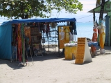 photo d'une boutique de plage